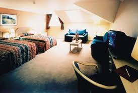 Edinburgh Airport Hotels Family Rooms Start The Holiday Together - Edinburgh hotels with family rooms