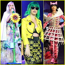 Katy Perry Costume See All Of Katy Perry U0027s Crazy U0027prismatic Tour U0027 Costumes Here