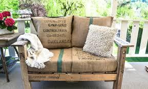 canapé en bois de palette 50 idées originales pour fabriquer votre salon de jardin en palette
