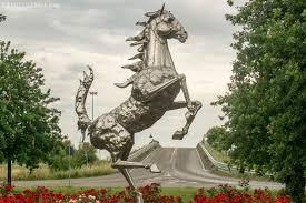 ferrari horse ferrari u0027s one horse town drivingline