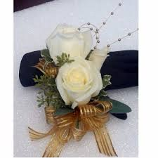 Corsage Wristlets Corsages Crane U0027s Creations Inc Lakewood Wa