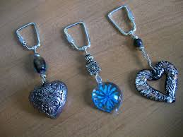 make key rings images How to make key chains with beads lovetoknow jpg
