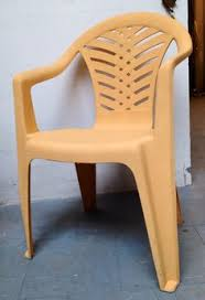 Paint For Outdoor Plastic Furniture by Diy Painting A Plastic Outdoor Chair To Look Like Driftwood