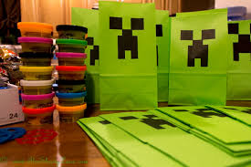 minecraft goody bags free printable minecraft creeper party bags hugs and