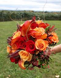 wedding flowers autumn we these gorgeous autumn wedding bouquets