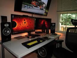 Three Monitor Desk Gaming Room Se7ensins Gaming Community