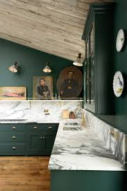 love the dramatic and very english combination of forest green
