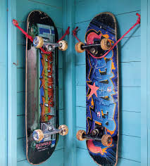 an insanely easy way to mount a skateboard on a wall i wish i
