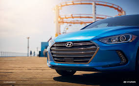 2017 hyundai elantra vs 2017 toyota corolla comparison review by