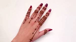 casual everyday finger henna tattoo design beautiful and simple