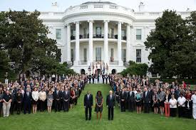 Barack And Michelle Obama U0027s by 100 Obama Hawaii House Everything To Know About Visiting