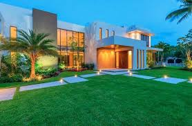 large luxury homes a complete analysis of pinecrest luxury homes q1 15