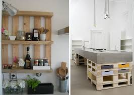 cuisine style shabby étagères en palettes et ilot de cuisine en bois idée exemple style