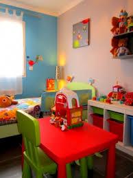 table chambre enfant chambre enfant 4 photos lisa136