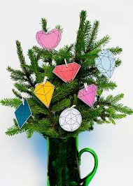 diy 5 minute modern gems christmas tree shelterness