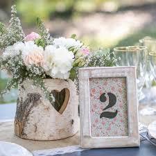 numero table mariage numéro de table en bois clair pour mariage liberty mariage