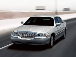 Lincoln Town Car Pictures 2006 Lincoln Town Car Photo 3 9 Cardotcom Com