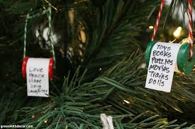 make these diy list ornaments green with decor