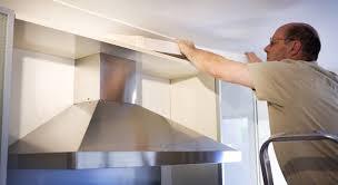 installation de la hotte de cuisine les é pour installer correctement une hotte aspirante