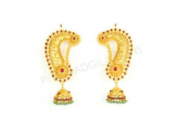 ear ring photo buy gold earrings in pune p n gadgil and sons