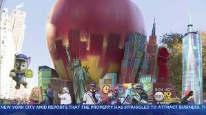 macy s thanksgiving day parade marches through manhattan news 24