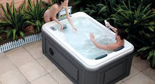 jacuzzi bathtubs canada tubs beautiful 2 person jetted tub 2 person steam shower room