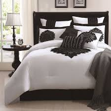 Black And White Queen Bed Set 27 Best Black And White Bedding Sets Images On Pinterest White