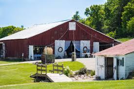 All Inclusive Wedding Venues All Inclusive Wedding Packages In Missouri Barn Wedding Venue