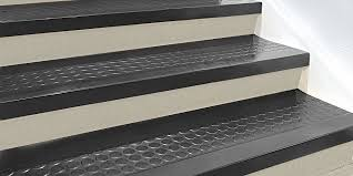 treads rubber stair treads u0026 vinyl stair treads in stock uline