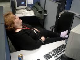 se branler au bureau comment bien glander au boulot l express