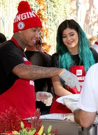 tyga jenner serve thanksgiving dinner to the homeless