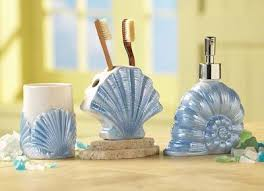 Shell Bathroom Accessories by Best 25 Seashell Bathroom Ideas On Pinterest Seashell Bathroom