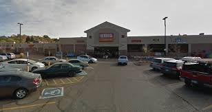 carjacked at gunpoint in colorado springs king soopers parking