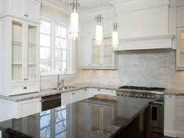 backsplash for kitchen with white cabinet backsplash ideas for kitchen with white cabinets kongfans com