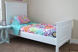 How To Make A Twin Bed Headboard by Twin Bed With Faux Raised Panel Her Tool Belt