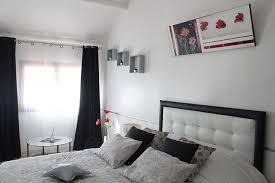 condition chambre d hote chambre d hôtes moderne à puyricard