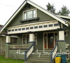 bungalow exterior color schemes shocking paint for small houses