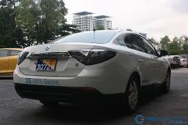 renault sedan fluence renault fluence z e illustrates the future of mobility wemotor com