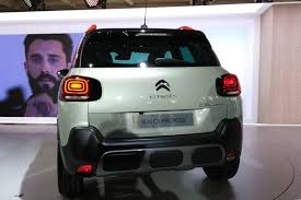 new citroen c3 aircross revealed pictures citroen c3 aircross