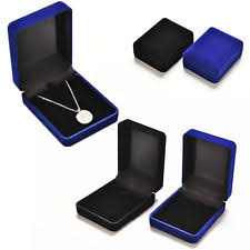 necklace boxes images Necklace box ebay jpg