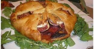 cuisiner des figues fraiches chausson au jambon cru fromage de chèvre et figues fraîches