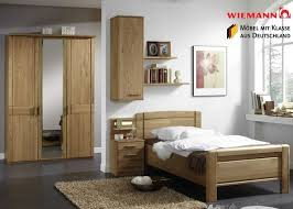 schlafzimmer komplett gã nstig kaufen die besten 25 schlafzimmer komplett massivholz ideen auf