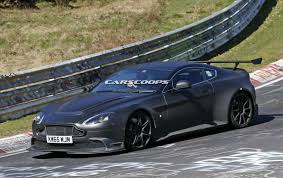 aston martin to replace vantage new aston martin vantage gt8 does its nurburgring tour of duty