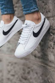 light shoes for women nike casual shoes select the best pairs storiestrending com