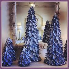 kerstboom van mosselschelpen thema knutselen pinterest shell