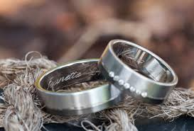 Engravable Rings Jewelry Engraving The Ultimate Guide Guida Jewelers