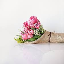 best flower delivery service best 25 best flower delivery ideas on peonies flower