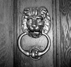 file brass door knocker jpg wikimedia commons