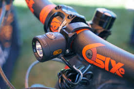 light and motion bike lights review soc16 light motion updates seca s beam replaces stella