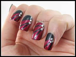 black and red nail art lazy betty